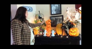 Julie-the-thrifty-designer-Halloween-living-room